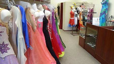 Picture for category Dress Rentals